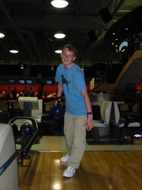 bowling052002-3.jpg