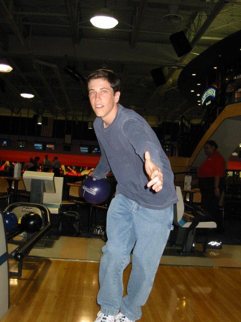 bowling052002-5.jpg
