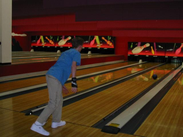 bowling052002-6.jpg