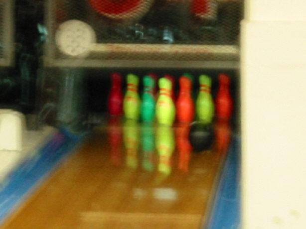 bowling061402-pins.jpg