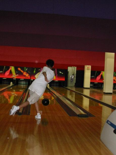 bowling062002-6.jpg