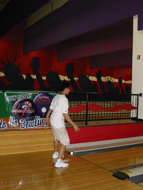 bowling062002-7.jpg