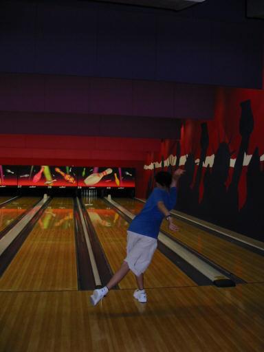 bowling062702-9.jpg