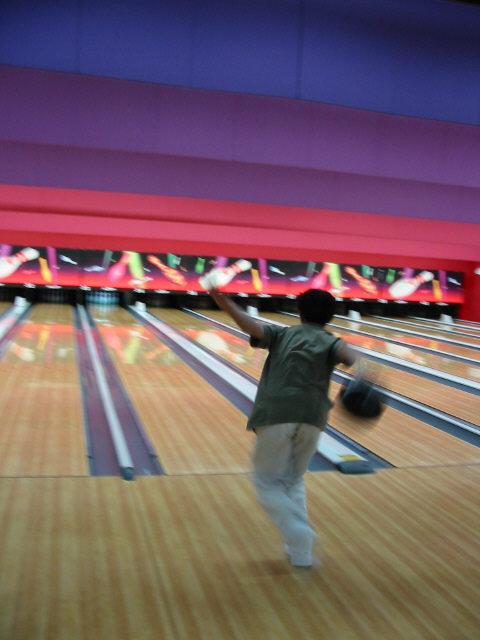 bowling052002-4.jpg